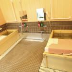 ヒノキ風呂 天然温泉